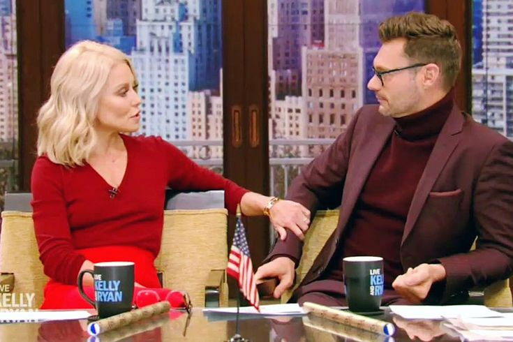 A new source claims that even though she defended her co-star on Live! behind the cameras, Kelly Ripa is actually furious over the sexual misconduct allegations! As you may know already, Ryan Seacrest was accused of sexual harassment by his former stylist Suzie Hardy. 'Kelly does not want to r...