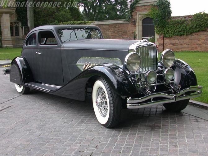 1932 Duesenberg J Airflow Coupe body by Bohman & Schwartz - (Duesenberg Automobile & Motors Company, Inc. Auburn, Indiana,1913-1937)