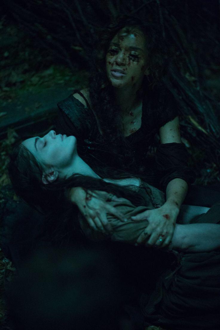Salem - Season 3 Episode 1 Still