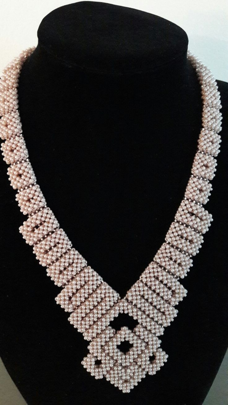 Seed bead, right angle weave