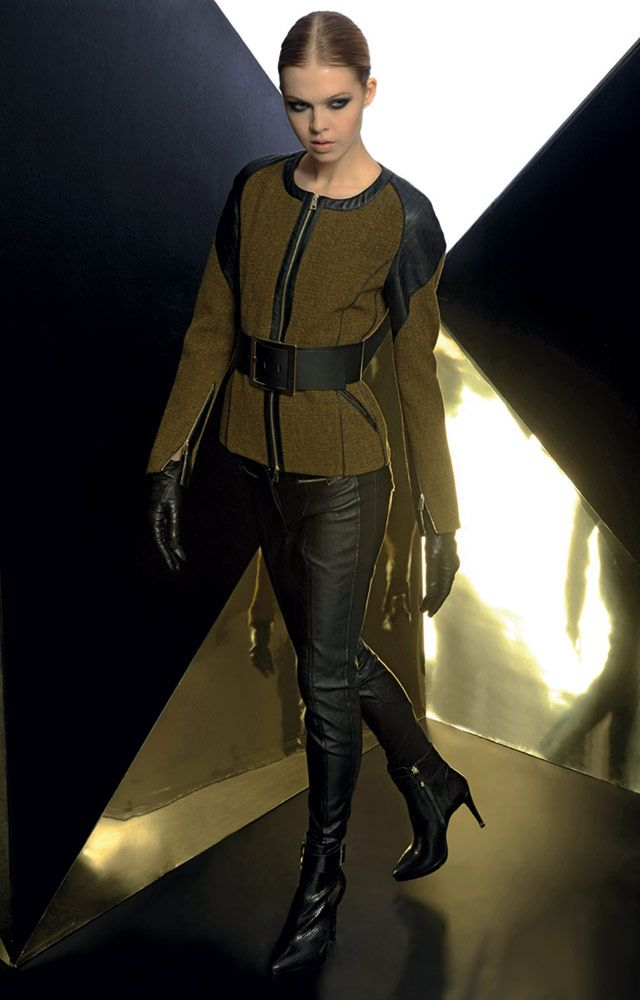 Look 06 _ 510 Jacket . 401 Trousers . 277P Belt . 212P Leather Gloves . 297P Ankle Boots