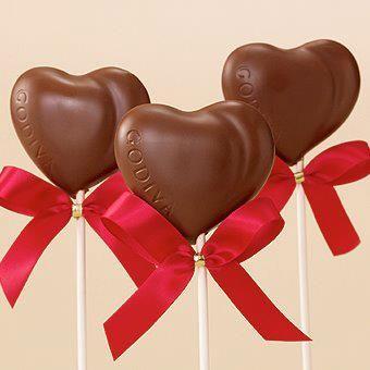 Paletas de chocolate en forma de corazón
