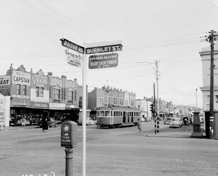 A view of Bridge Road, Richmond, looking west from Burnley Street, circa 1955. #bridgeroad #burnley #streets #vintage #blackandwhite #melbourne #australia