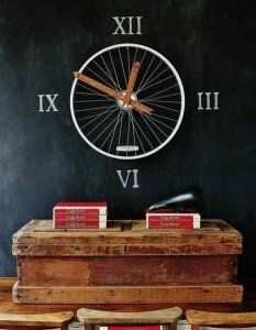 Absolutely Amazing Ways To Reuse Bicycle Wheels In Home Decor