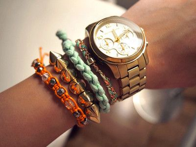 Want one so bad! Micheal Kors Women Fashion Watch Gold