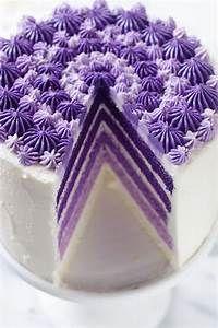 ultra violet wedding ideas -purple wedding cake