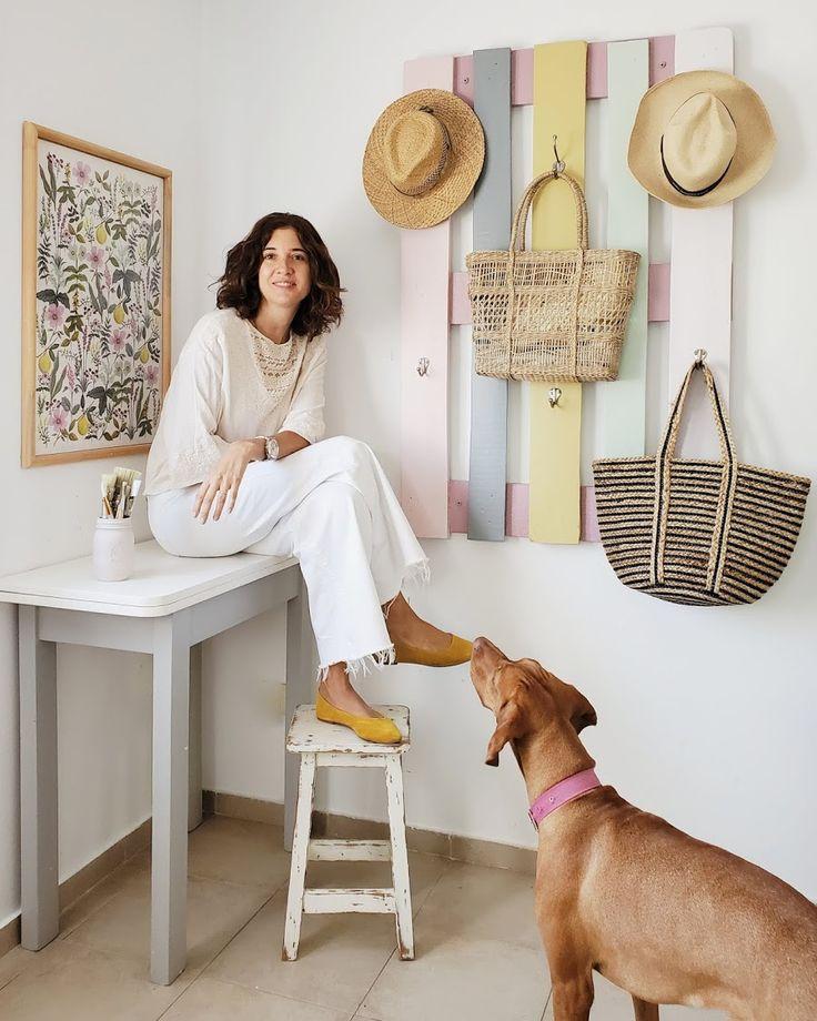 Los nuevos colores de mi pallet perchero / Vero Palazzo - Home Deco Palazzo, Shabby Chic, Diy, Spaces, Inspiration, Vintage, Shades Of Red, Colors, Coat Hooks
