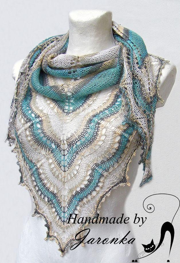 Chusta robiona na drutach - jaronka - Chusty trójkątne