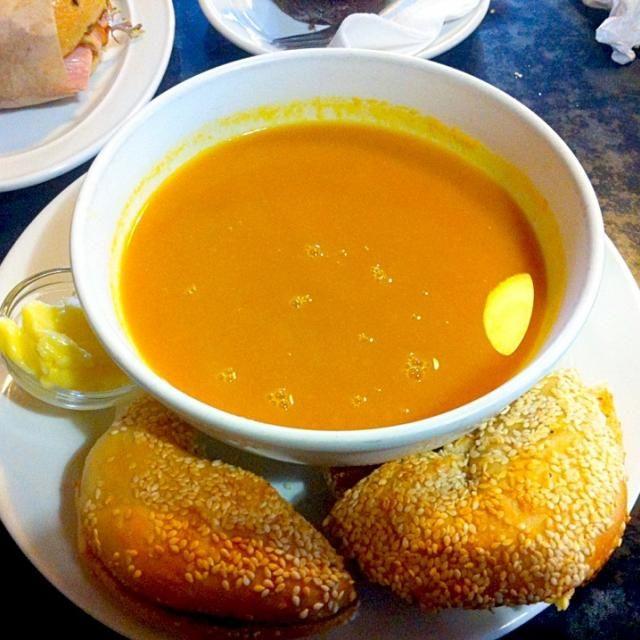 レシピとお料理がひらめくSnapDish - 10件のもぐもぐ - パンプキンスープ&ベーグル by ひろみち