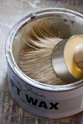 annie sloan wax tutorial (clear and dark wax)