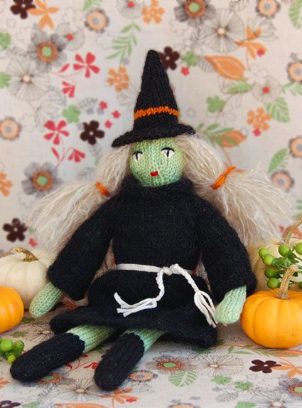 Free Halloween Knitting Patterns : 58 best images about Homemade Halloween Costumes + Decorations to Knit on Pin...