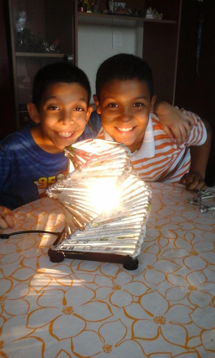 lampara de papel periodico