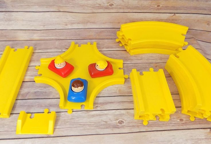 Vintage Little Tikes 20 pc Yellow Road Interstate Cars and Toddle Tots  #LittleTikes