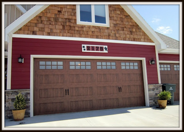 Bring Rock To The Top On Both Sides Red Siding Instead Of