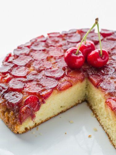 A nyár slágere: fordított cseresznyés pite
