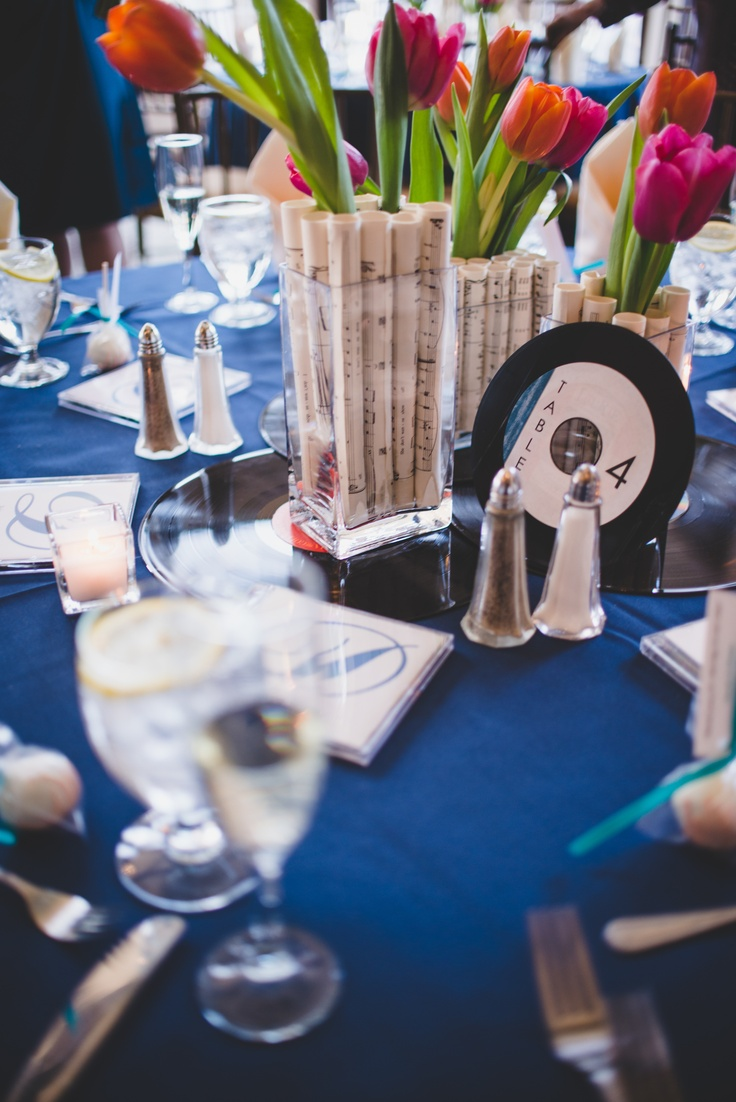 Music wedding centerpieces with tulips | photo by www.jonmacapodi.com