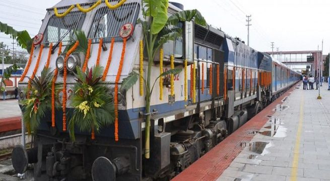 """Guwahati: Premier train Shatabdi Express will run in Assam for the first time between Dibrugarh and Guwahati, in a first in the country's North-East. State Railway Minister Rajen Gohain flagged off the first train from Dibrugarh in an opening ceremony on Sunday. """"There was a long-standing demand..."""