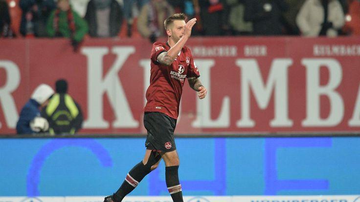 Burgstaller macht den Unterschied: 1. FC Nürnberg hält Anschluss nach oben