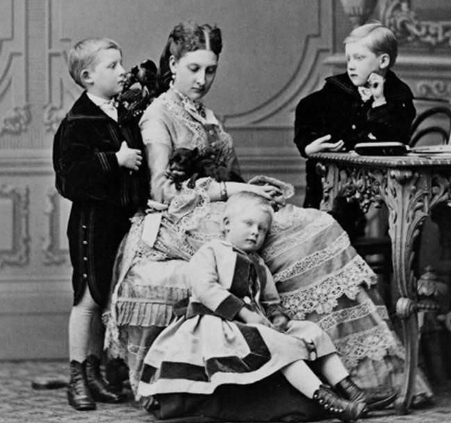 Princess Antonia of Portugal and her children.