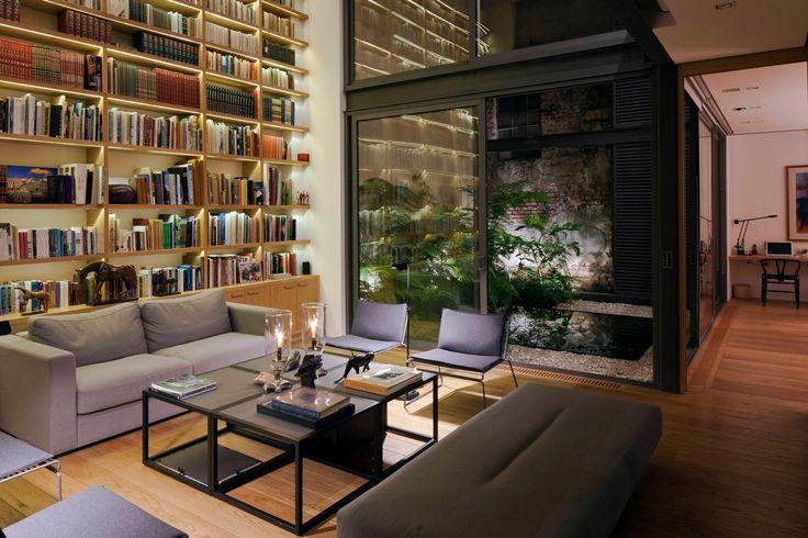 Courtyard House by Andrés Stebelski - Form & Frame
