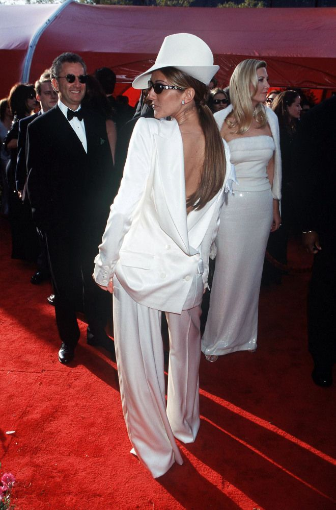 photos are these the worst oscar dresses of all time