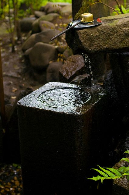 elorablue:    Running water by jamesjustin on Flickr.: Water Basin, James Justin, Water Features, Traditional Japan, James D'Arcy, Japanese Gardens, Zen Things