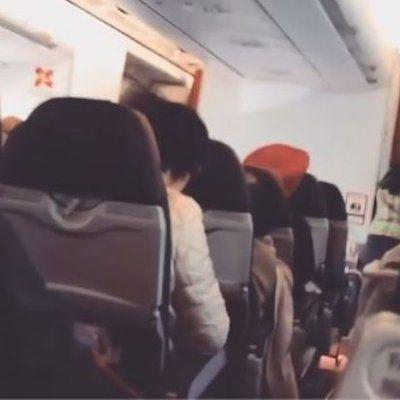 Insiden D7237 Penumpang Pertahan Airasia X Juruterbang  Seorang penumpang warga Australia yang menaiki penerbangan AirAsia X D7237 mempertahankan syarikat penerbangan tambang rendah itu dan juruterbangnya yang mendapat kecaman berhubung insiden pendaratan cemas baru baru ini Penumpang yang meras... Readmore: http://babab.net/feed/