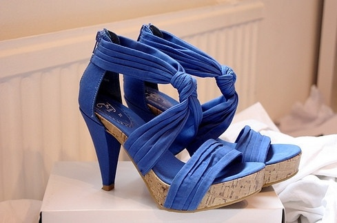 http://25.media.tumblr.com/tumblr_m5ghll94Qu1qeojxio1_500.jpg: Baby Blue, Cobalt Heels, Fashion, Couture Paris, Resorts, Color, Beauty Sole, Rocks, Shoes Closet