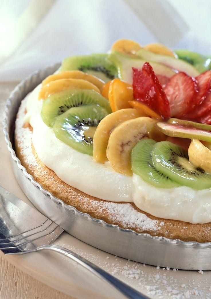 Schneller Obstkuchen | http://eatsmarter.de/rezepte/schneller-obstkuchen-1