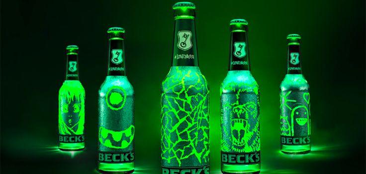 Beck's - La bouteille est entièrement recouverte d'une fine couche d'aluminium que vous pouvez gratter avec vos ongles afin de réaliser des dessins. Lorsque la bouteille est exposée sous les lumières d'une boîte de nuit par exemple, on remarque alors que le dessin est mis en évidence