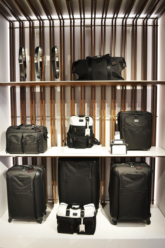 68 best LUGGAGE STORES AND DISPLAY images on Pinterest | Rimowa ...