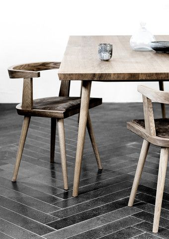 KBH Chair (Københavnerstolen) Love this table and chair - even more so after seeing it in person! #denmark #kimdolva #drool