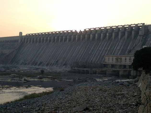 Nagarjuna Sagar Dam is the world's largest masonry dam built across Krishna River in Nagarjuna Sagar, Nalgonda District of Andhra Pradesh, India,