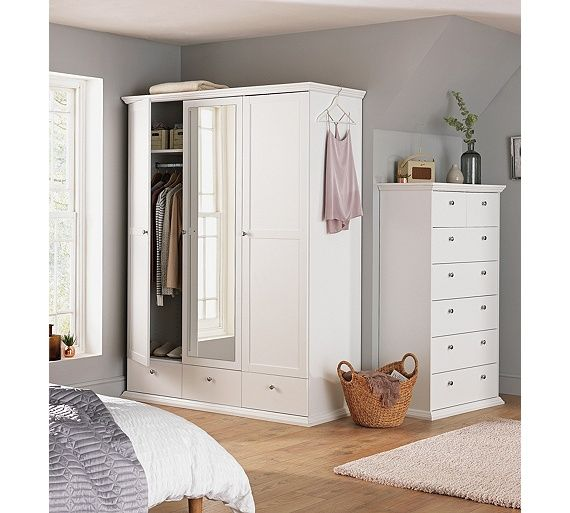 1000+ Ideas About Mirrored Wardrobe On Pinterest
