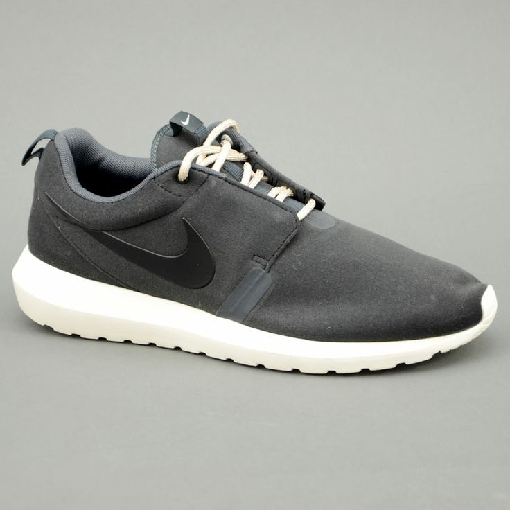 Nike NIKE ROSHERUN NM Nero mod. 631749-090