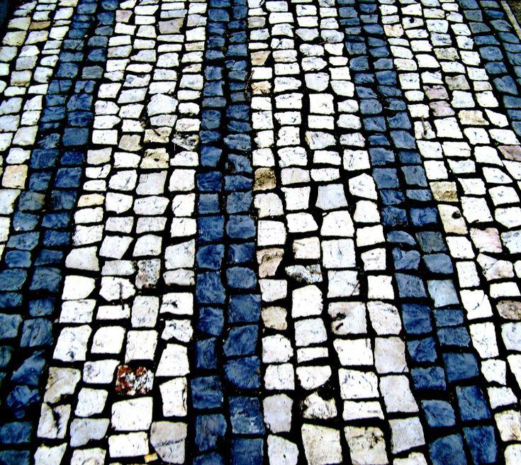Calçada Portuguesa... de certeza!