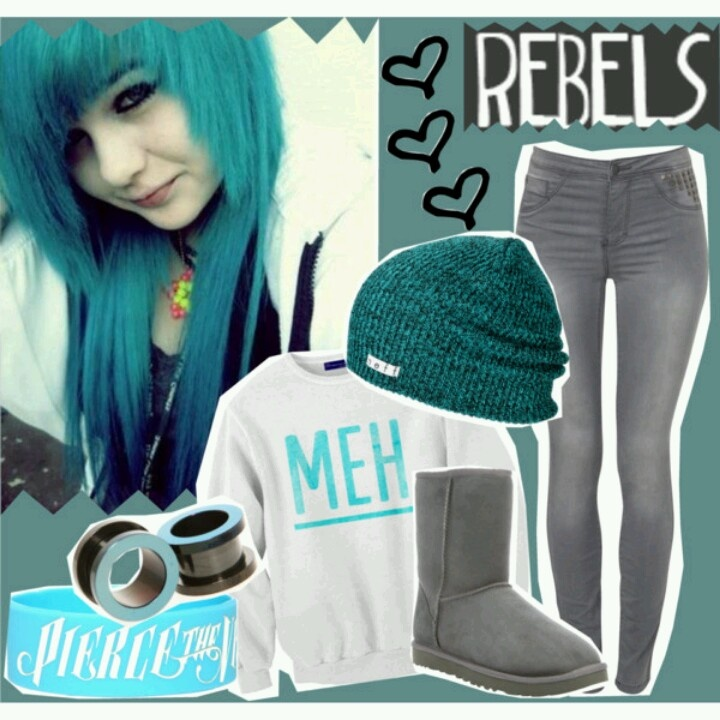 Rebel outfit. Meh. Blue hair, blue beanie. Pierce the Veil wristband <3