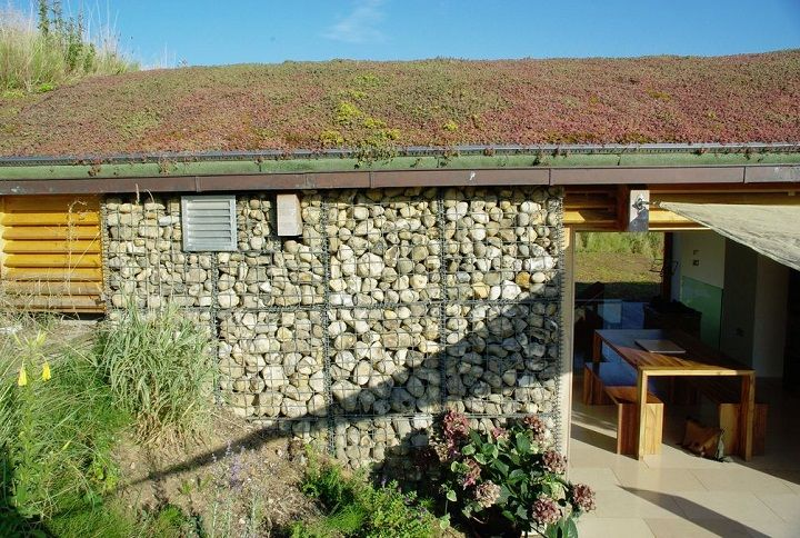 1000 images about truly green living roofs on pinterest for Earth covered homes