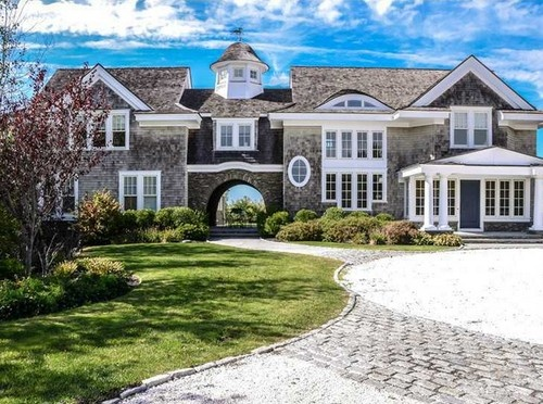56 best cedar shingle hamptons style images on pinterest for Cape cod luxury homes