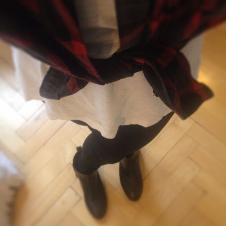 Boots, white T-Shirt, black and red checkered shirt
