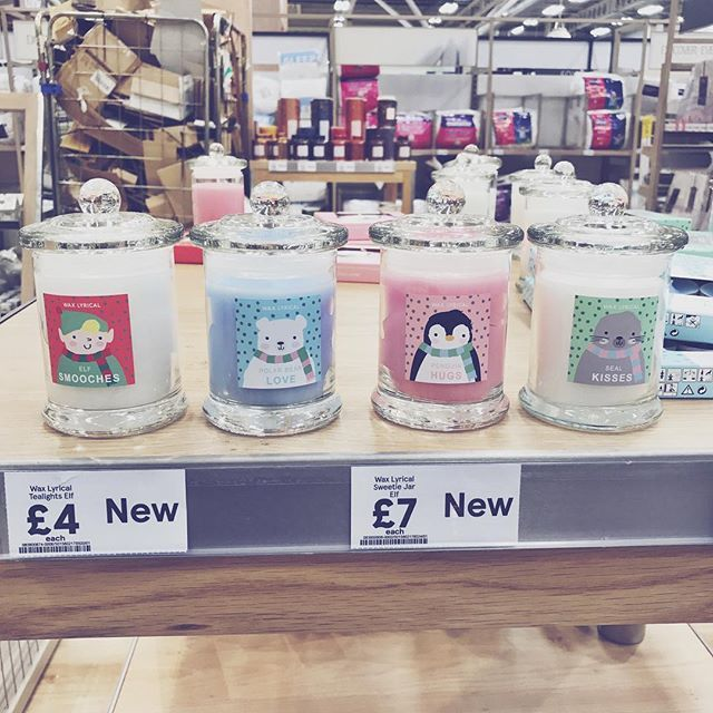 These little cuties from @tescofood smell bloody delicious but the blue one oh my gawd it smells like #palmaviolets 😱 so blooming good I'm loving #tescos Christmas bits 😍 . . . . . . . . . #christmastime #christmas #candles #shopping #winter #santa #angels #decor #homedecor #homegoods #homeinspo #homesweethome #interior #interiorinspo #interiorinspiration #instagood #instahome #xmas #penguin #home #shopping #homeware #candlelover #xmas #christmasdecor #christmasdecorations #candleaddict…