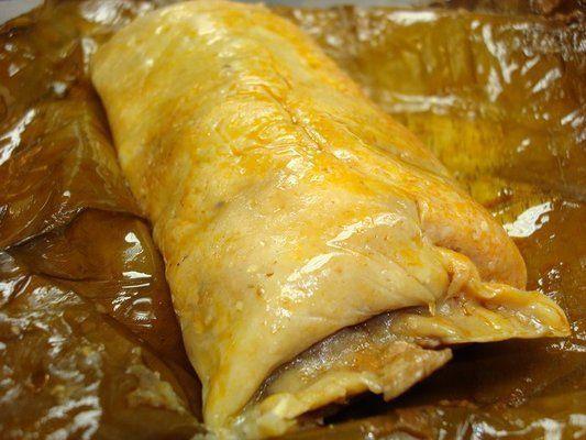 Estos tamales son típicos de Chiapas. Tamales de las regiones indígenas,  con hojas de plátano, al estilo de los  Mayas en las fiestas navideñas y el año nuevo.