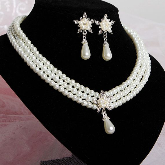 Bridal jewelry set ,Wedding jewelry set, Pearls jewelry set,Pearl necklace and earrings,Wedding jewelry