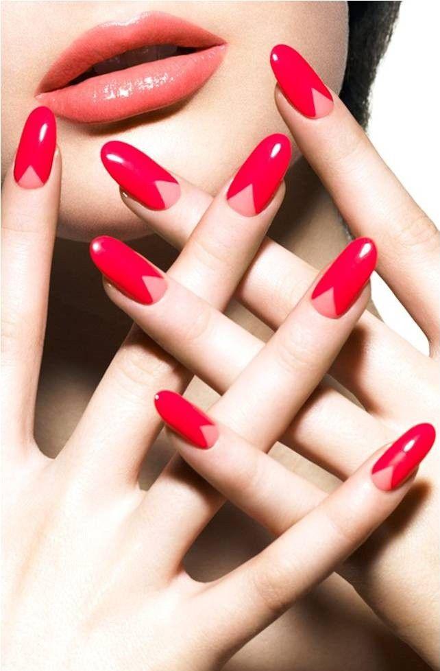 Copier et coller le design que vous voulez sur vos ongles. Application Nailsnaps // Nailsnaps App https://fashionapplis.wordpress.com/2015/01/21/nailsnaps/