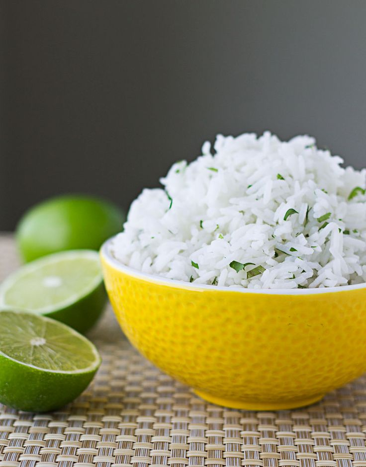 Learn the secrets to Chipotle Cilantro-Lime Rice. It all starts with the right type of rice cooked in an unusual way.   Chipotle Cilantro-Lime Rice {Copycat Recipe}   Culinary Hill