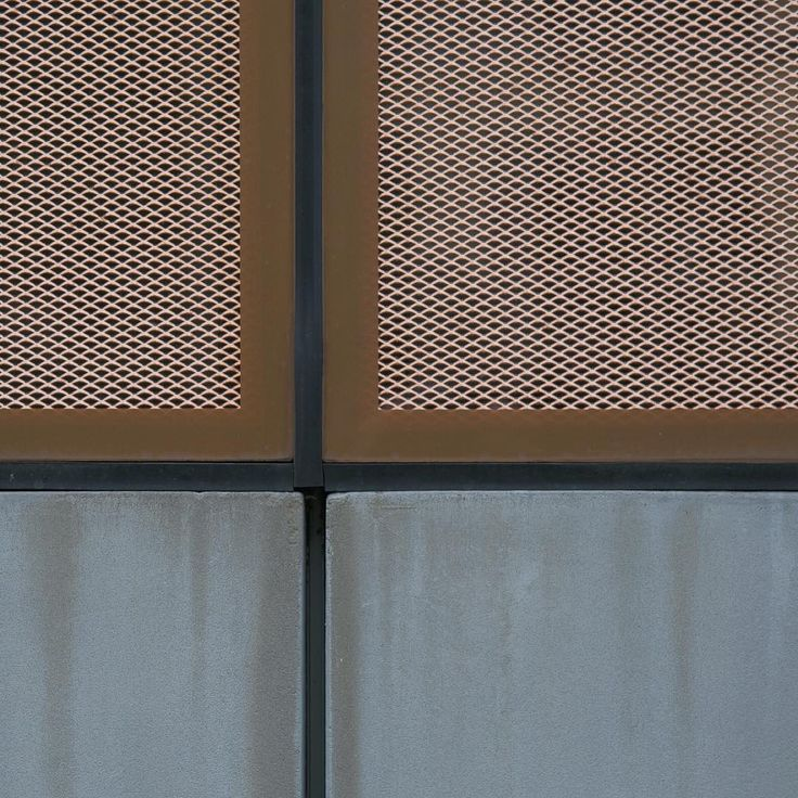 See The Copper Mesh Facade Of The Des Moines Library By