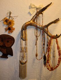 TaylorSueForYou: Antler Jewelry Display