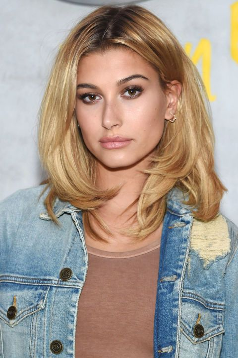 "The 10 most popular haircuts for spring 2017: Hailey Baldwin recreates the ""Rachel"" haircut with a longier and messier chop"