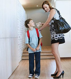 10 Ways Moms Can Balance Work and Family: Make the Mornings Easier (via Parents.com)
