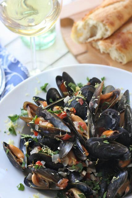 Restaurant Style Mussels With Garlic Wine Sauce--this is the best mussel recipe I've ever used. HIGHLY recommended.
